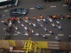 bailarines_protestando.jpg