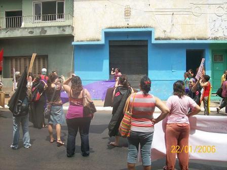 Fin_de_la_movilizacion_sobre_la_calle_Oliva.jpg