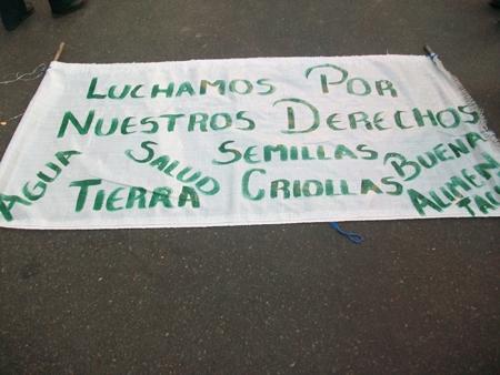 1_cartel_campesino_2.jpg