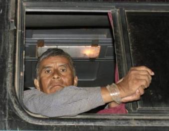 a7b4nsa_Bolivia_represion_policial_marcha_indigena.jpg