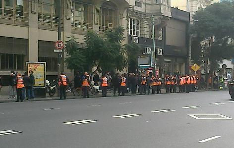 Dependencia Del Ministerio De Trabajo En La Ciudad De Buenos Aires Los Trabajadores Y Trabajadoras Del Call Center Atento Reclamaron Y Lograron