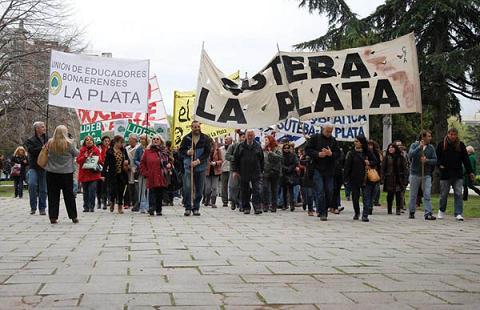 suteba_la_plata_tapa.jpg
