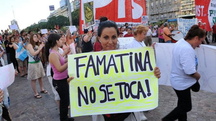 ahora-famatina-toca_iecima20120131_0049_14.jpg