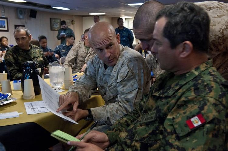marines_en_peru.jpg