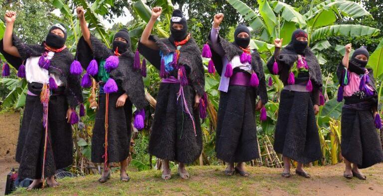 mujeres-zapatistas_visual-research-1-1.jpg