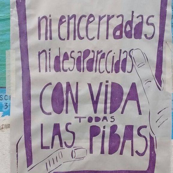 red_ni_encerradas_ni_desaparecidas_todas_las_pibas_con_vida.jpg