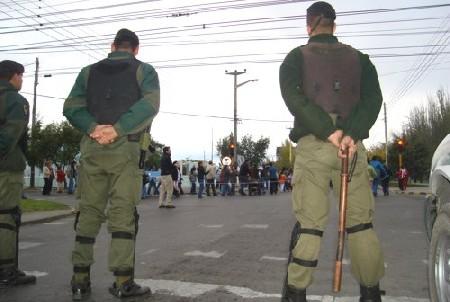gendarmes-2.jpg