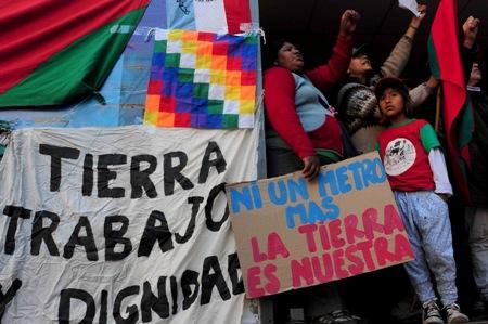 Movilizacion_por_el_asesinato_de_Miguel_Galvan_del_Movimiento_Nacional_Campesino_Indigena_Mocase_Via_Campesina_.jpg