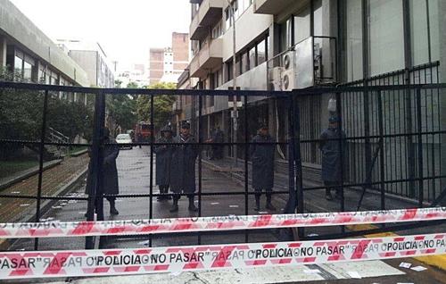El concejo deliberante amaneció totalmente vallado y con opresencia policial