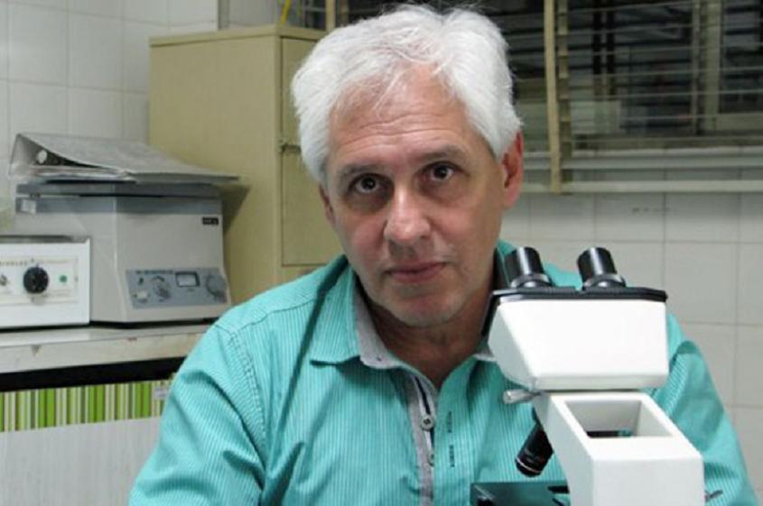 dr.-raul-lucero-bioquimico-e-investigador-del-instituto-de-medicina-regional-de-la-unne.jpg