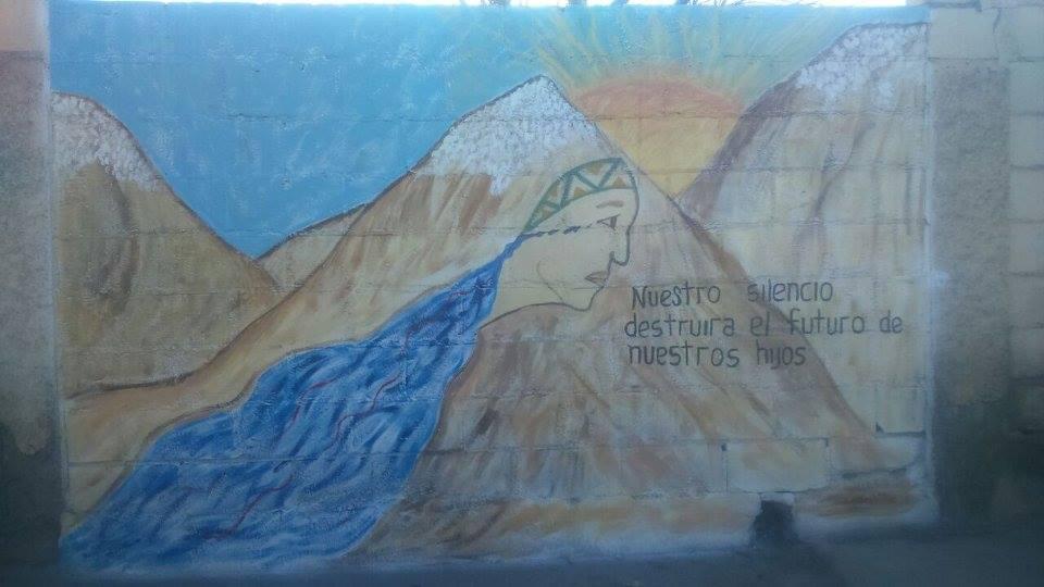 Mural hecho recientemente en Jáchal, a un año del derrame. Ph: Asamblea Jáchal No Se Toca.