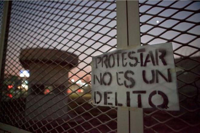 protestar-no-es-un-delito.png