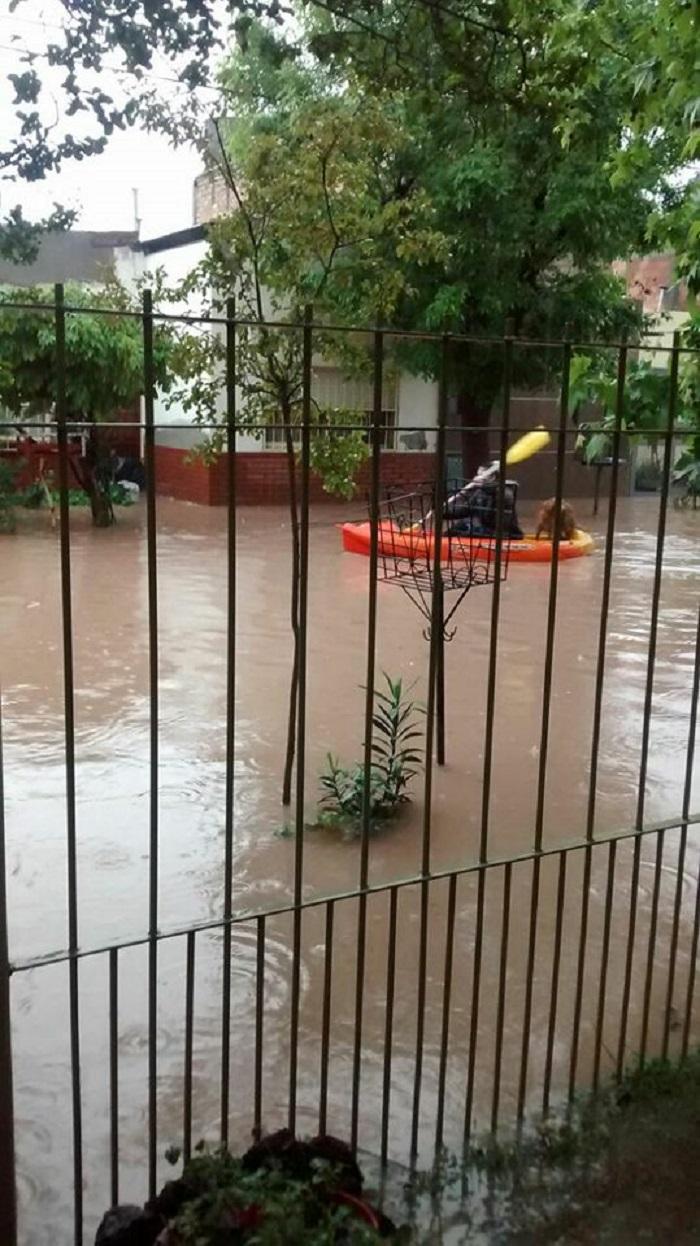 inundacion_en_neuquen_1.jpg