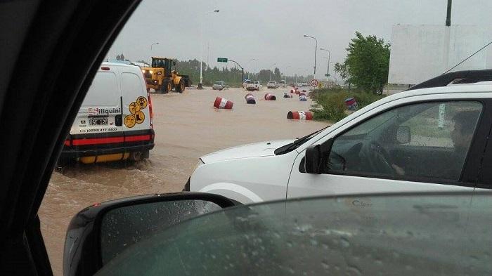 inundacion_en_neuquen_3.jpg