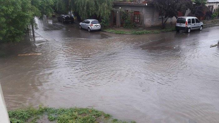inundacion_en_neuquen_5.jpg