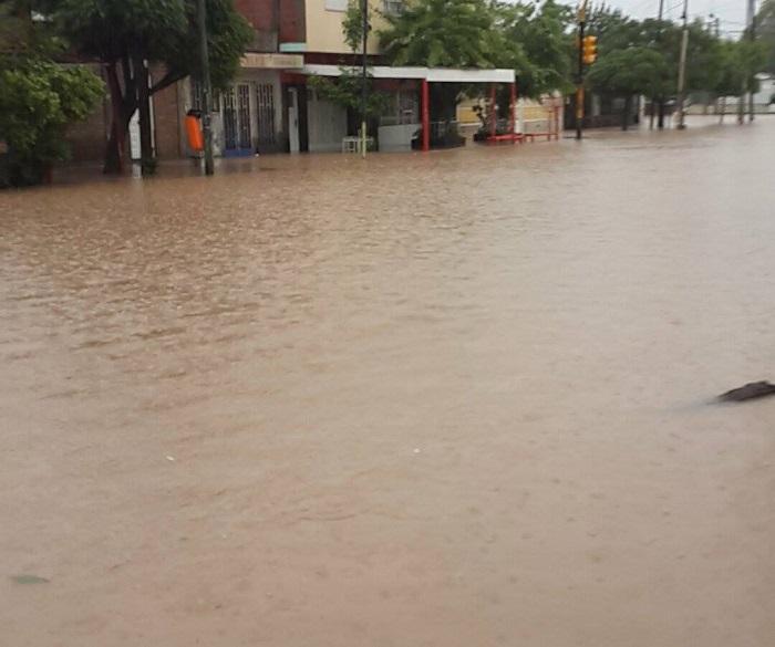 inundacion_en_neuquen_7.jpg