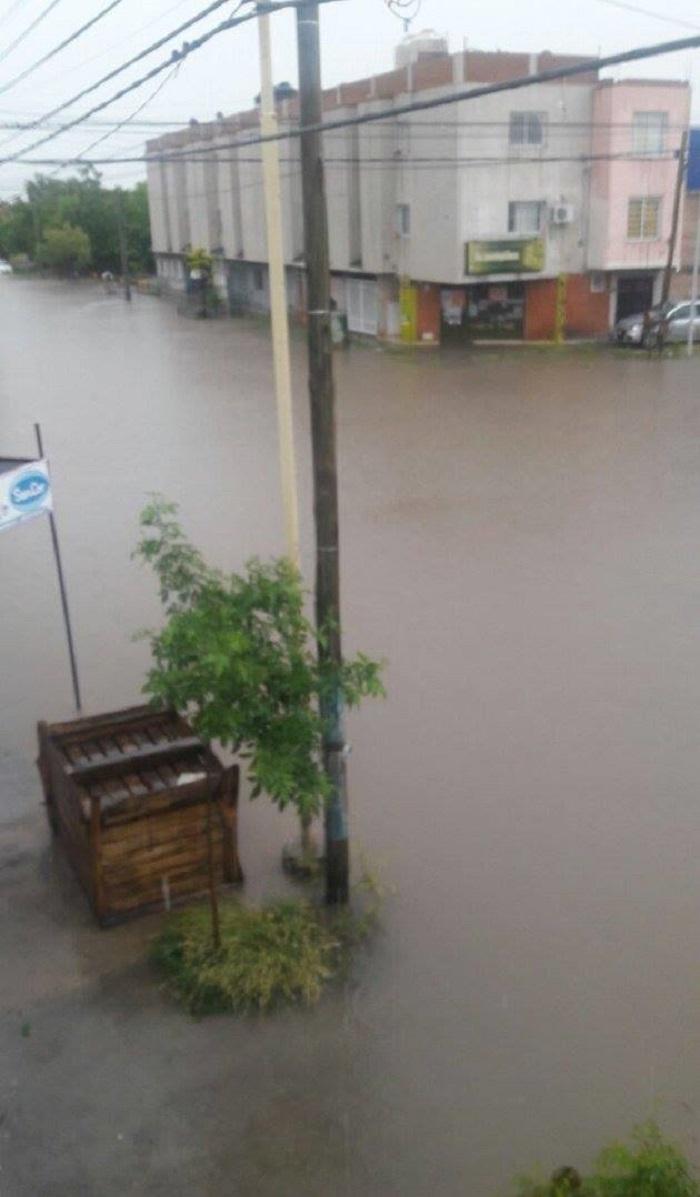 inundacion_en_neuquen_8.jpg
