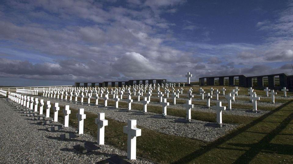 islas-malvinas-cementerio-darwin-1920.jpg