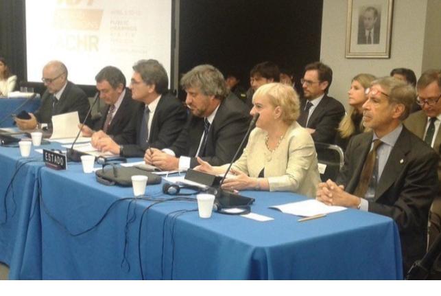 Representantes del gobierno se presentaron ante la CIDH de la OEA en abril de 2016.