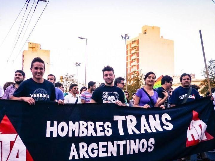 hombres_tarns_argentinos.jpg