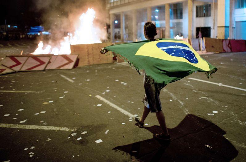 manifestaciones-brasil-afp_lncima20130620_0236_5.jpg