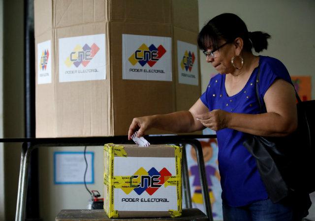 20171015-votacion-venezuela.jpg