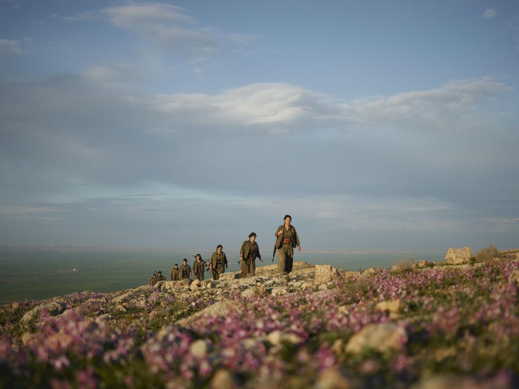 pkk-kurdistan-workers-party-patrol-makhmour-iraq-guerrilla_fighters_of_kurdistan_joey_l_photographer_014.jpg