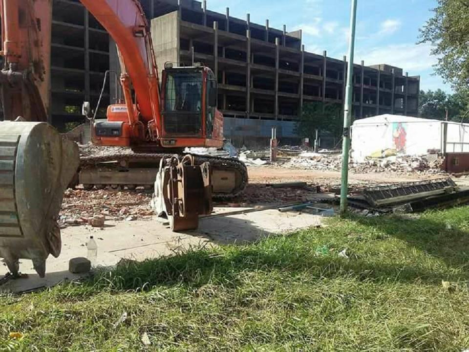 demolicion_escuelas.jpg