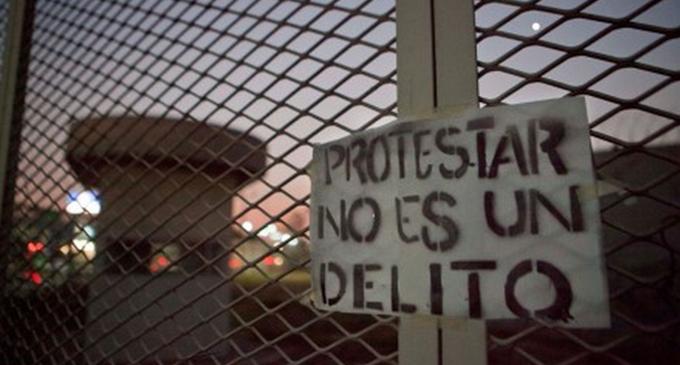 protestar-no-es-un-delito-2.png
