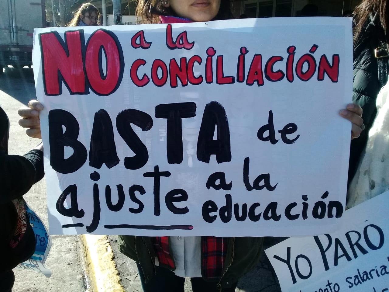 La Comunidad Educativa De Tigre Exige La Escuela Técnica No