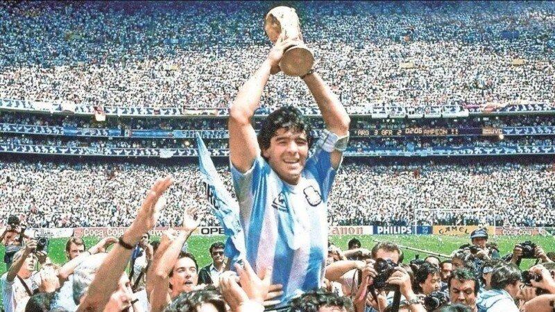 Maradona o el arte de gambetear al olvido - ANRed